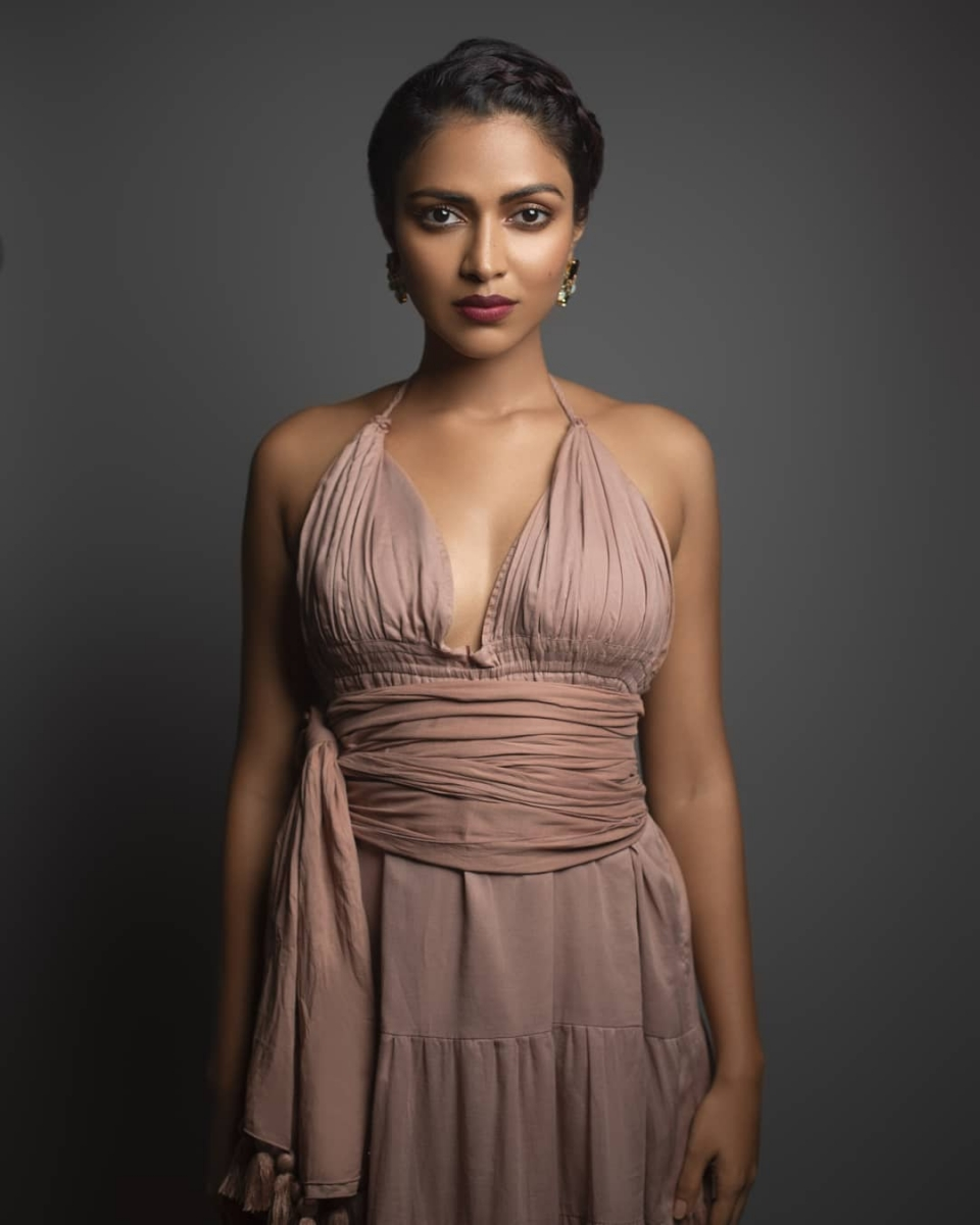 Amala-paul-hot-photo-dusky-beauty-new-click6