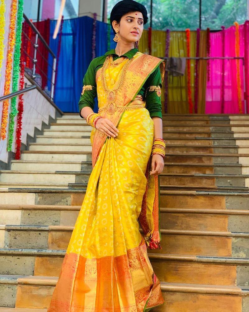 sathya-serial-actress-aysha-latest-photos-image14