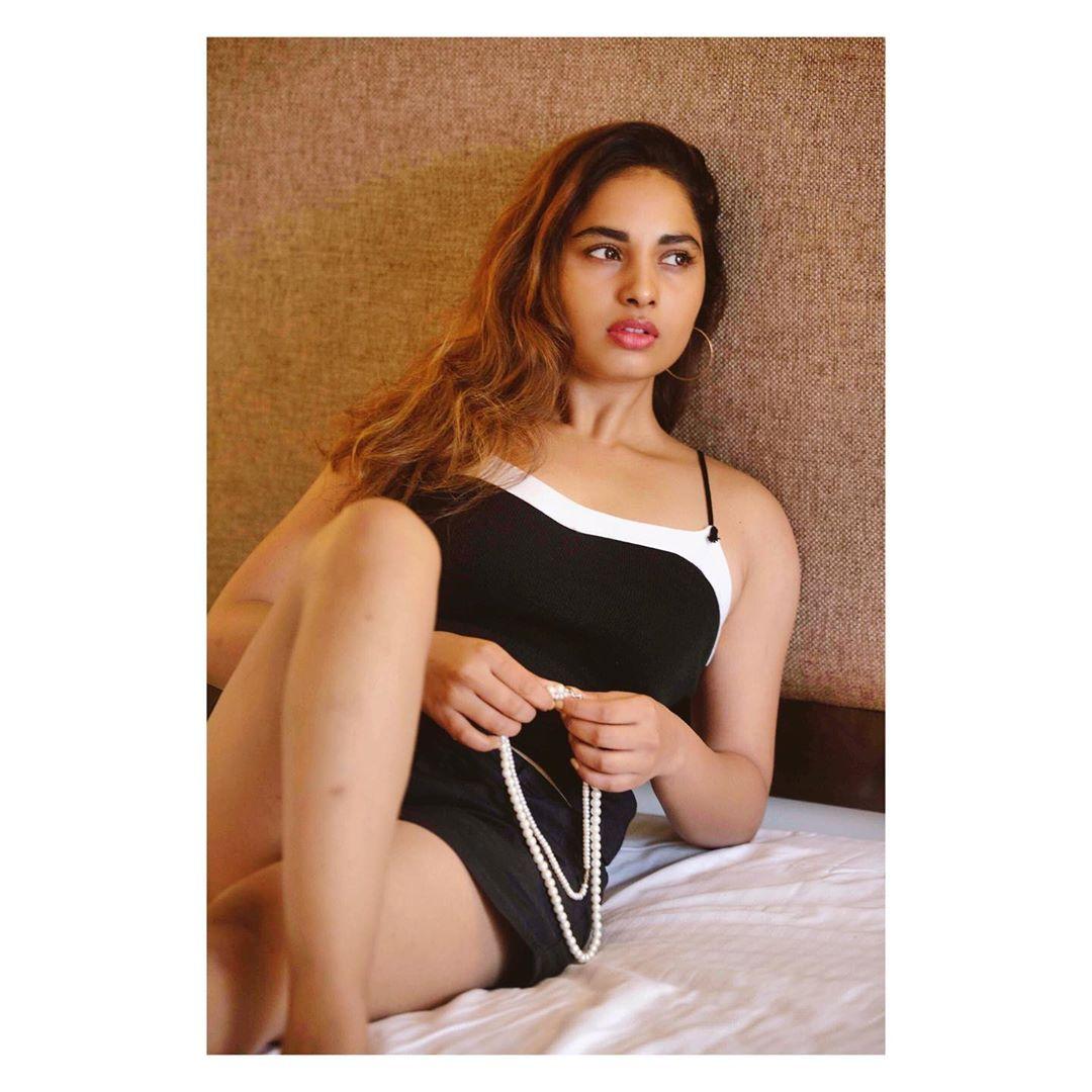 srushti-dange-latest-hot-pictures16