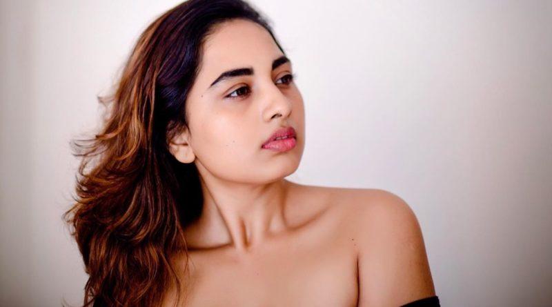 srushti dange latest hot pictures