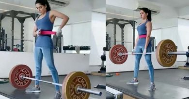 Samantha lifting 100 kg weight