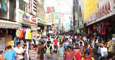 coronavirus-big-stores-chennai-s-t-nagar-shop-closed